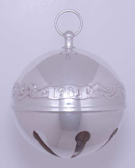 Wallace Silver Plated - 'Xmas Ornament' - Annual Bell- 1984