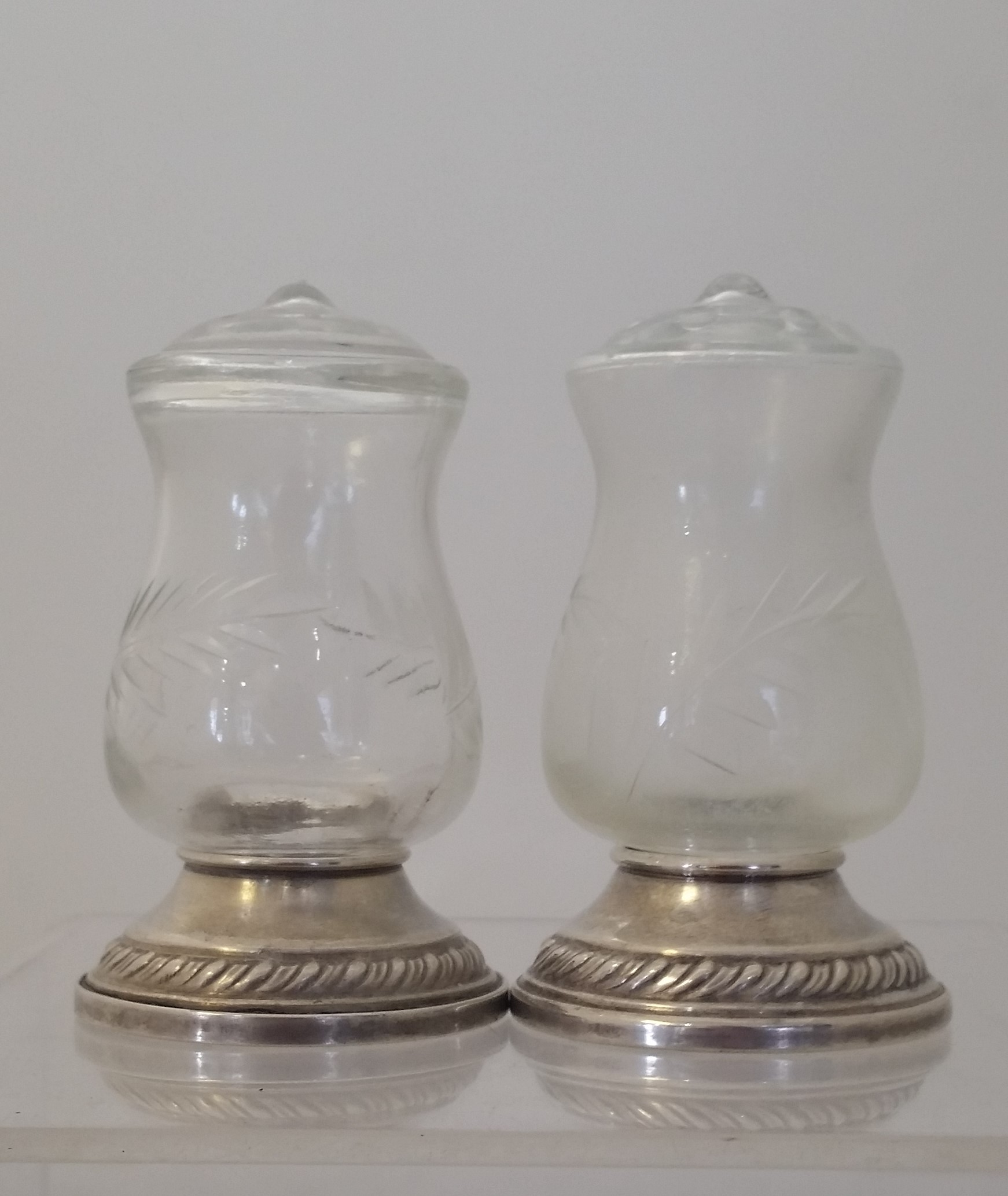 Newport - 'Quaker Hurricane' - Salt & Pepper Shakers (pair)as is
