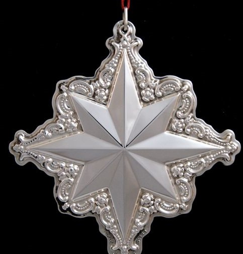 Towle - 'Xmas Ornament' - Star- 1999- 3rd in Series