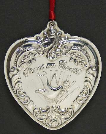 Wallace - 'Xmas Ornament' - Heart- Gr. Baroque-2000